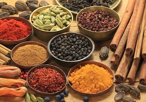 sử dụng gia vị trong nấu ăn giúp giảm cân